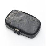 ゼンリン、地図デザインのタイベック製トートバッグやガジェットケースを発売